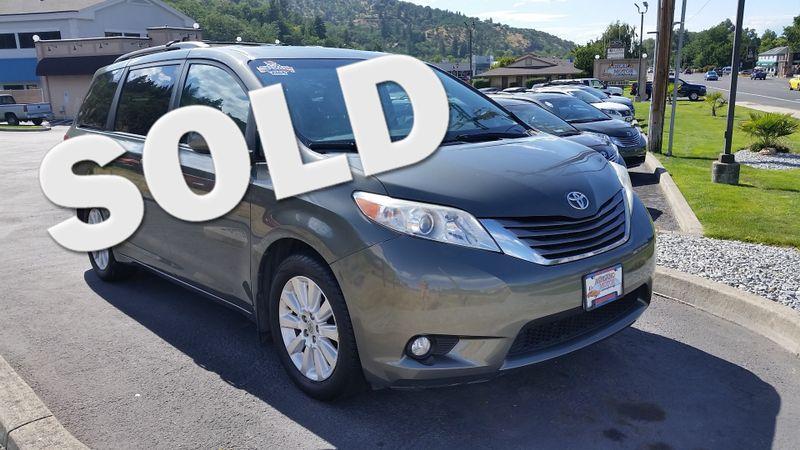 2011 Toyota Sienna XLE AWD | Ashland, OR | Ashland Motor Company in Ashland OR