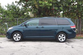 2011 Toyota Sienna LE Hollywood, Florida 9
