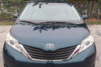 2011 Toyota Sienna LE Hollywood, Florida 39