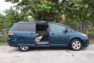 2011 Toyota Sienna LE Hollywood, Florida 30