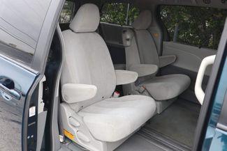 2011 Toyota Sienna LE Hollywood, Florida 27