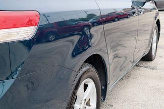 2011 Toyota Sienna LE Hollywood, Florida 5