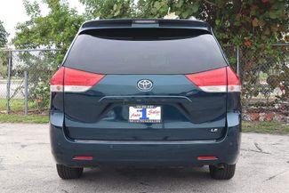 2011 Toyota Sienna LE Hollywood, Florida 40