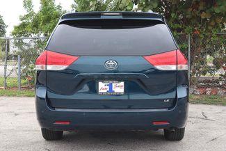 2011 Toyota Sienna LE Hollywood, Florida 6