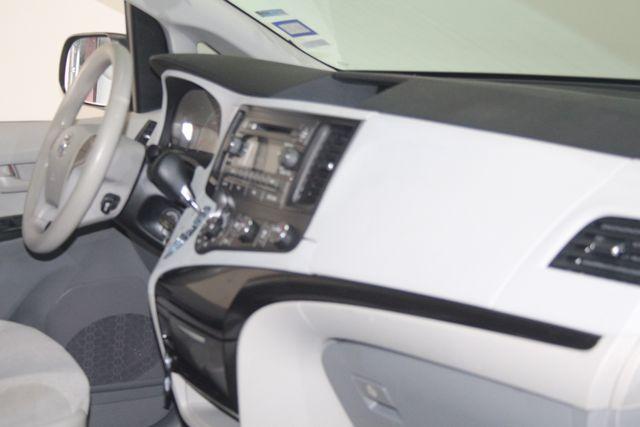 2011 Toyota Sienna Houston, Texas 12
