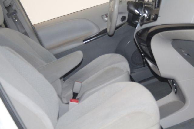 2011 Toyota Sienna Houston, Texas 13
