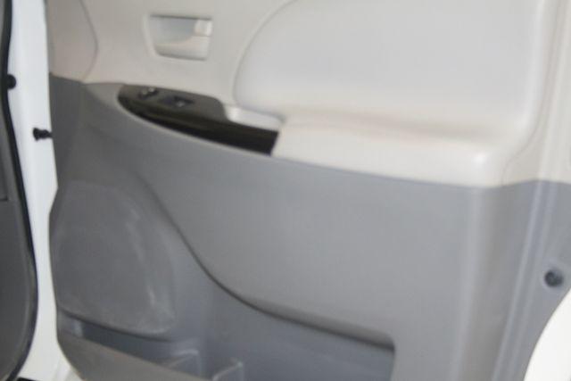 2011 Toyota Sienna Houston, Texas 14