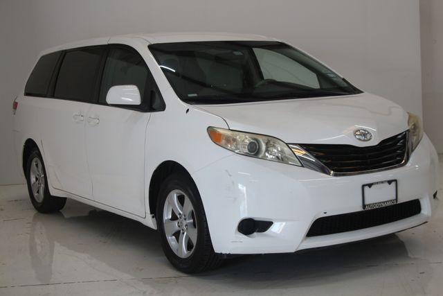 2011 Toyota Sienna Houston, Texas 3