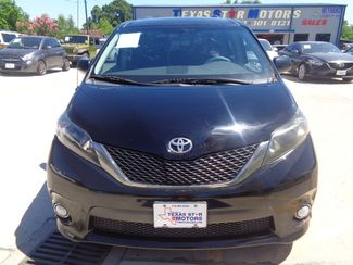2011 Toyota Sienna SE  city TX  Texas Star Motors  in Houston, TX