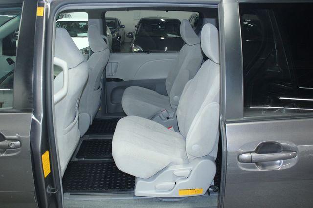 2011 Toyota Sienna LE AWD Kensington, Maryland 24