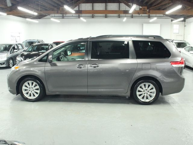2011 Toyota Sienna Limited Premium Kensington, Maryland 1
