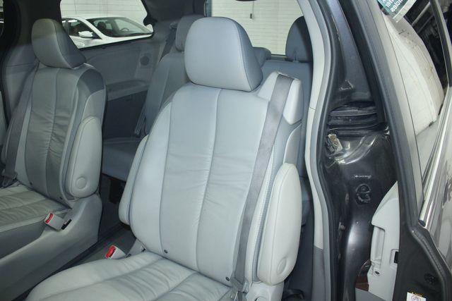 2011 Toyota Sienna Limited Premium Kensington, Maryland 26
