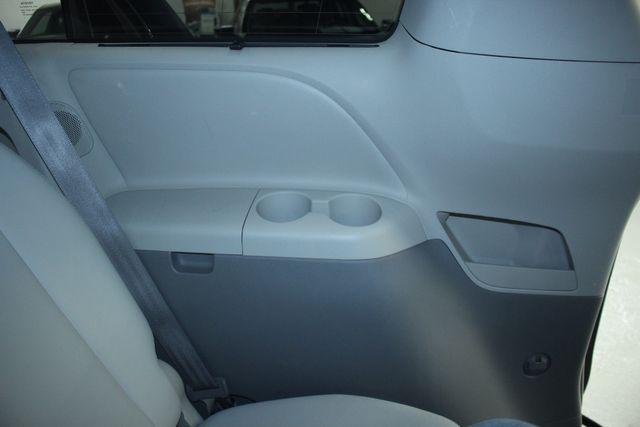 2011 Toyota Sienna Limited Premium Kensington, Maryland 37