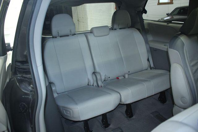 2011 Toyota Sienna Limited Premium Kensington, Maryland 42