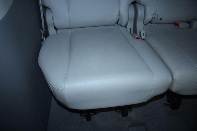 2011 Toyota Sienna Limited Premium Kensington, Maryland 46