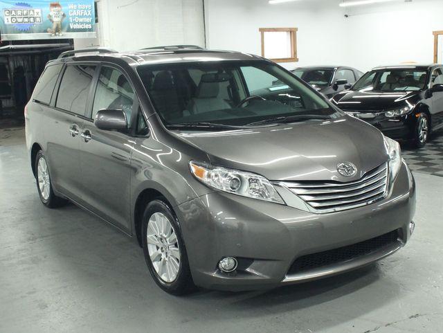 2011 Toyota Sienna Limited Premium Kensington, Maryland 6