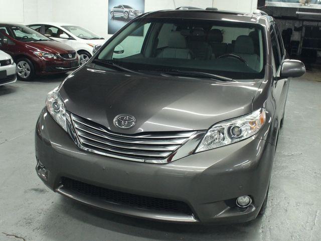 2011 Toyota Sienna Limited Premium Kensington, Maryland 8