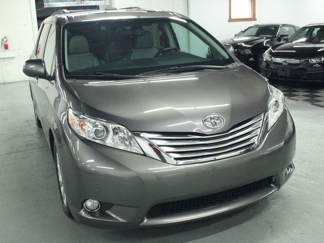 2011 Toyota Sienna Limited Premium Kensington, Maryland 9