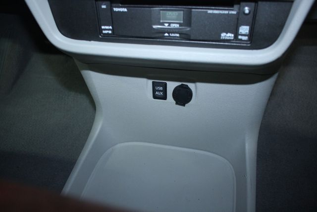 2011 Toyota Sienna Limited Premium Kensington, Maryland 77