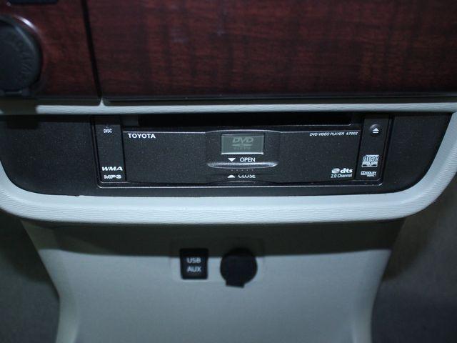 2011 Toyota Sienna Limited Premium Kensington, Maryland 79
