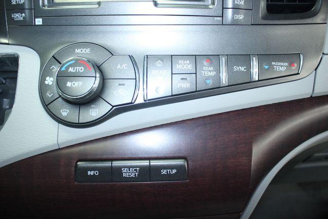 2011 Toyota Sienna Limited Premium Kensington, Maryland 82