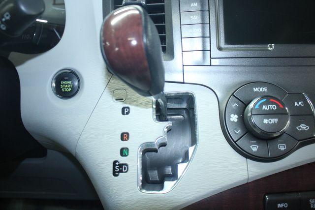 2011 Toyota Sienna Limited Premium Kensington, Maryland 83
