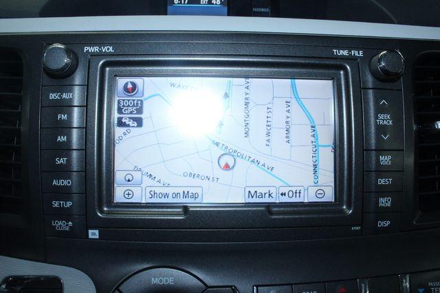 2011 Toyota Sienna Limited Premium Kensington, Maryland 85