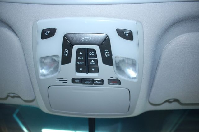 2011 Toyota Sienna Limited Premium Kensington, Maryland 89