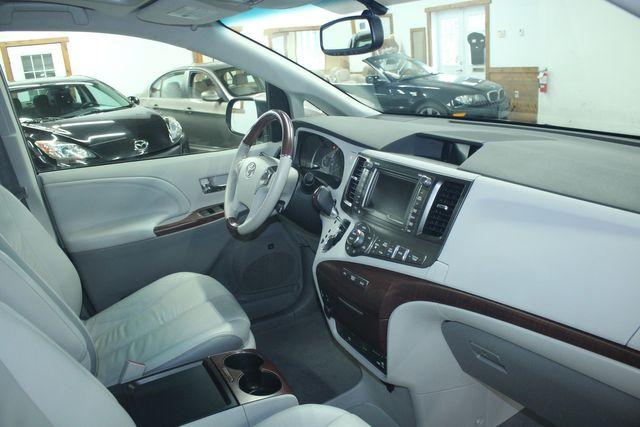 2011 Toyota Sienna Limited Premium Kensington, Maryland 90