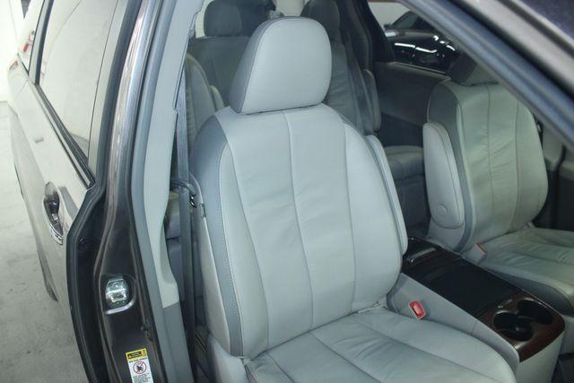 2011 Toyota Sienna Limited Premium Kensington, Maryland 64