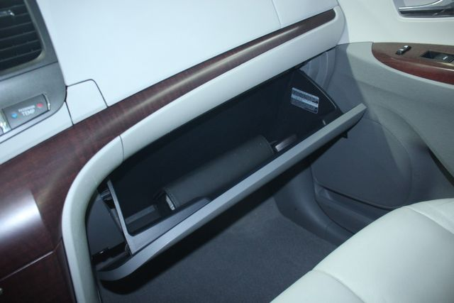 2011 Toyota Sienna Limited Premium Kensington, Maryland 105
