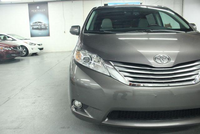 2011 Toyota Sienna Limited Premium Kensington, Maryland 128