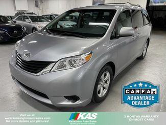 2011 Toyota Sienna LE in Kensington, Maryland 20895