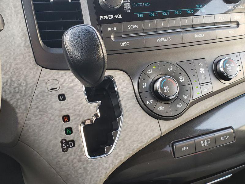 2011 Toyota Sienna LE 35L V6 Engine 8 Passenger Power Doors Rear Camera  city Washington  Complete Automotive  in Seattle, Washington