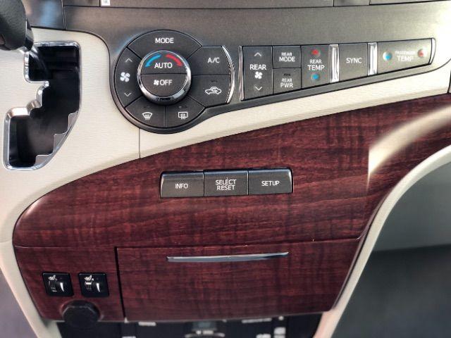 2011 Toyota Sienna Limited AWD 7-Pass V6 LINDON, UT 33