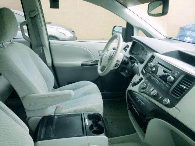 2011 Toyota Sienna LE Premium in Louisville, TN 37777