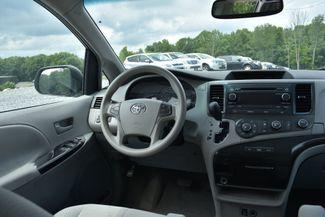 2011 Toyota Sienna LE Naugatuck, Connecticut 11