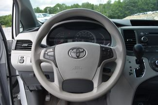 2011 Toyota Sienna LE Naugatuck, Connecticut 16