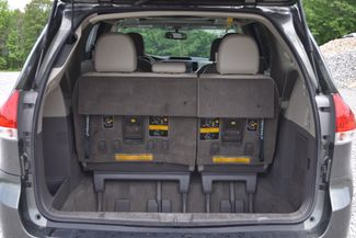2011 Toyota Sienna XLE Naugatuck, Connecticut 10