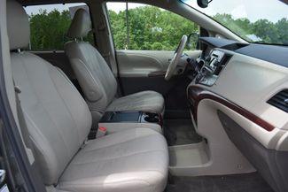 2011 Toyota Sienna XLE Naugatuck, Connecticut 9