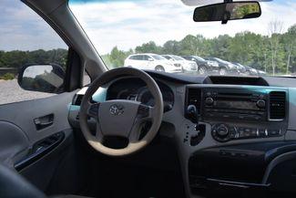 2011 Toyota Sienna SE Naugatuck, Connecticut 15