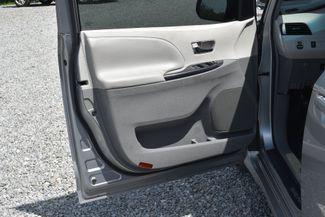 2011 Toyota Sienna SE Naugatuck, Connecticut 19