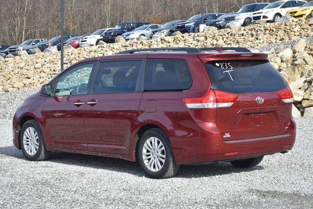 2011 Toyota Sienna XLE Naugatuck, Connecticut 2