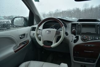 2011 Toyota Sienna Limited Naugatuck, Connecticut 14