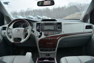 2011 Toyota Sienna Limited Naugatuck, Connecticut 15
