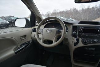 2011 Toyota Sienna LE Naugatuck, Connecticut 15