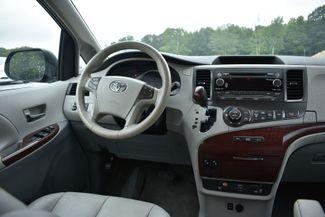 2011 Toyota Sienna XLE Naugatuck, Connecticut 14