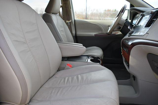 2011 Toyota Sienna Ltd Naugatuck, Connecticut 9
