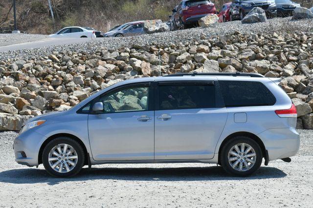 2011 Toyota Sienna LE AWD Naugatuck, Connecticut 3