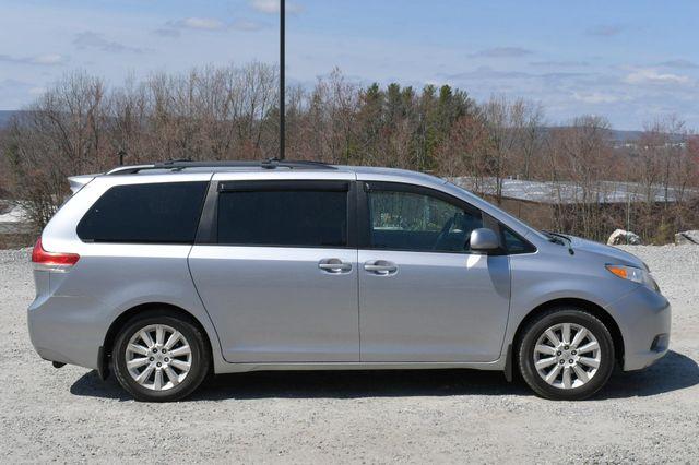 2011 Toyota Sienna LE AWD Naugatuck, Connecticut 7